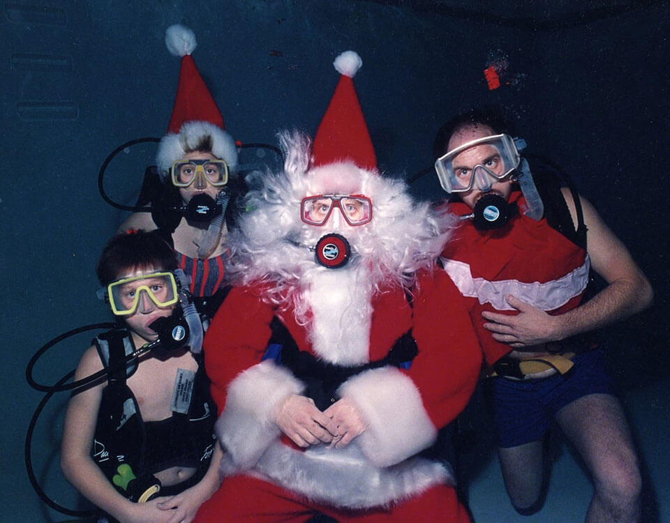 #7 Top 10 Christmas Divers