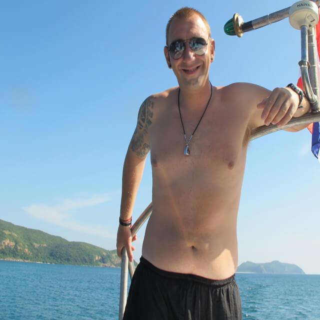 Andy Jennings Underwater clicks Diving Samae San Island Pattaya Thailand